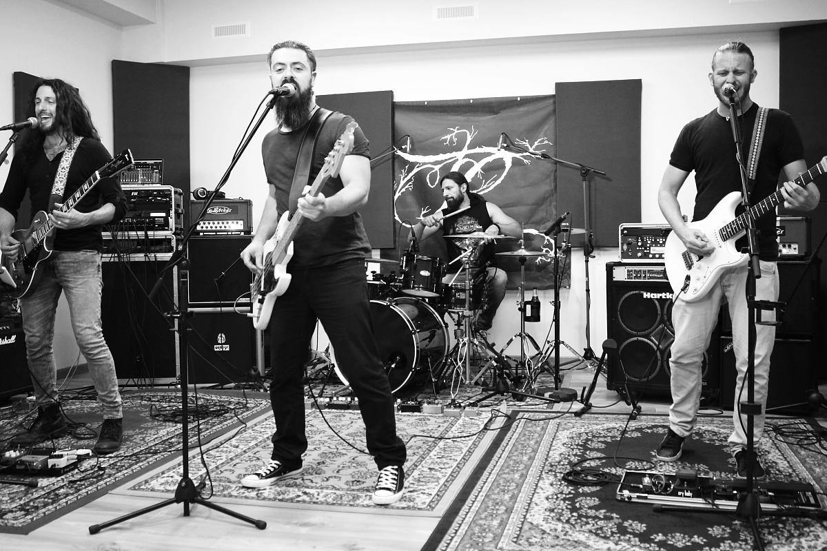 Roommates – One day at Rosenhouse Recording Studio